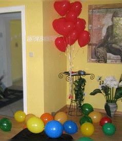 Cumpleaños con globos en casa