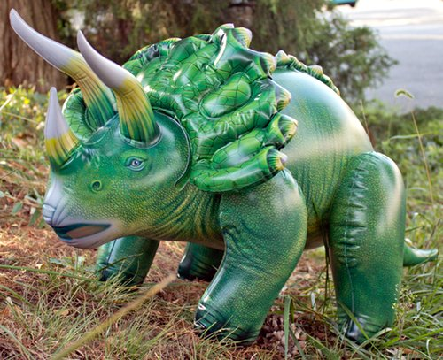 Triceratops hinchable